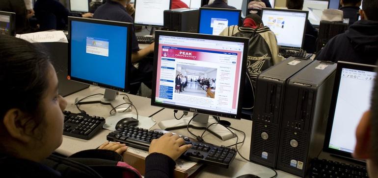 Dual enrollment orientations help California college readiness program expand